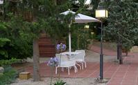 Terraza de la piscina Hotel Mas La Boella Tarragona