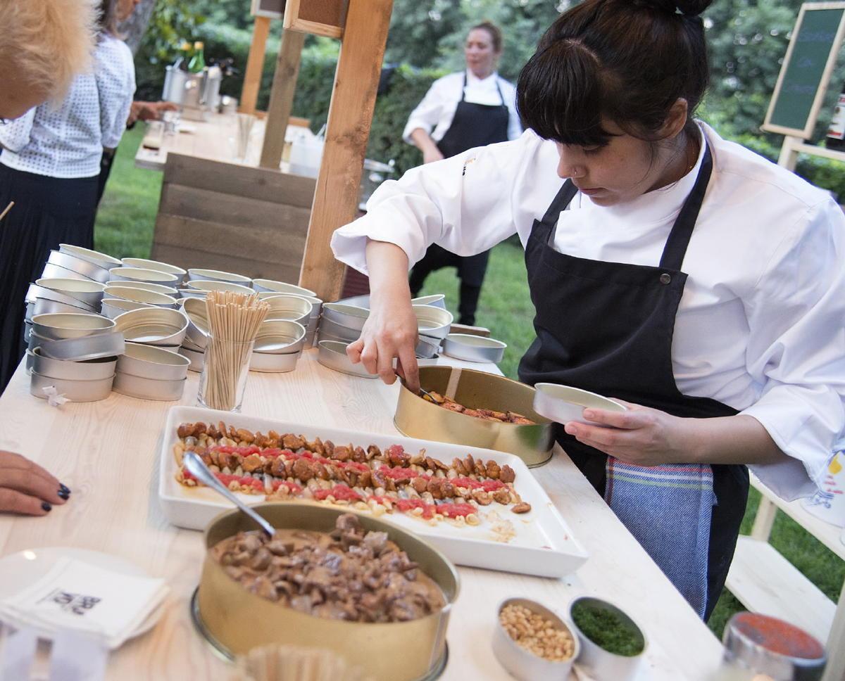 Evento al aire libre con gastronomía de calidad Hotel Mas La Boella