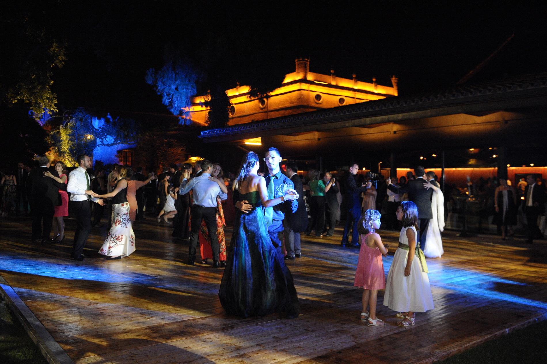 Celebración de noche Hotel Mas La Boella
