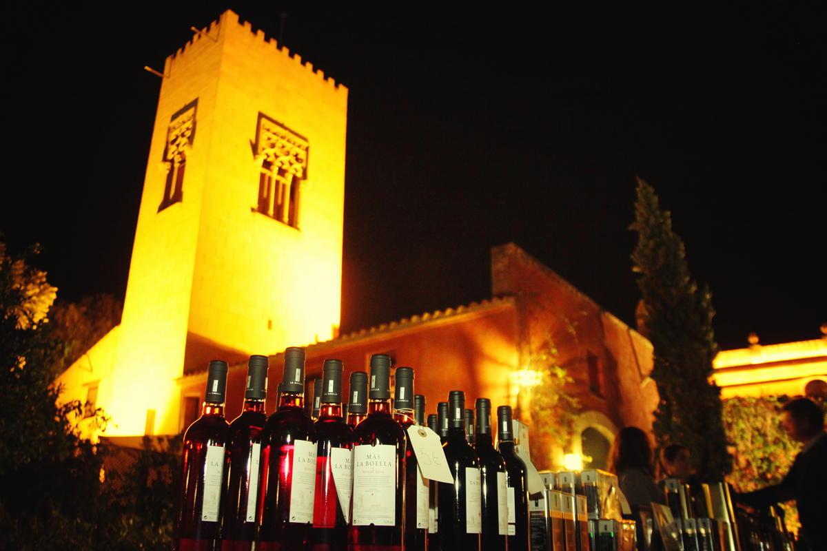 Vino en evento Hotel Mas La Boella