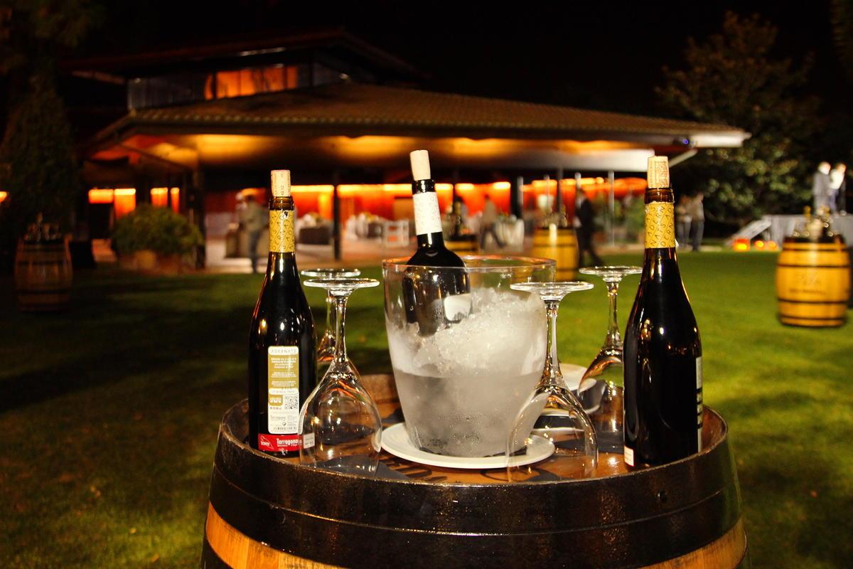 Mesas para el coctel Hotel Mas La Boella