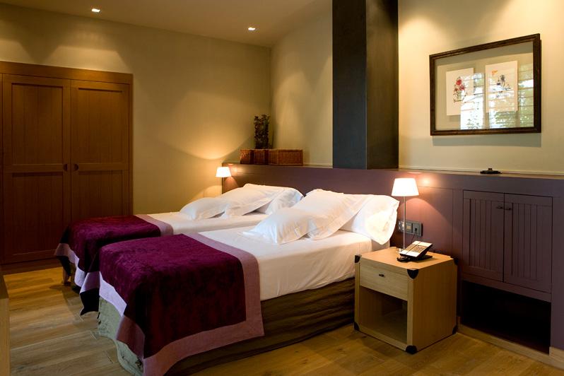 Habitación con encanto Hotel Mas la Boella en Tarragona