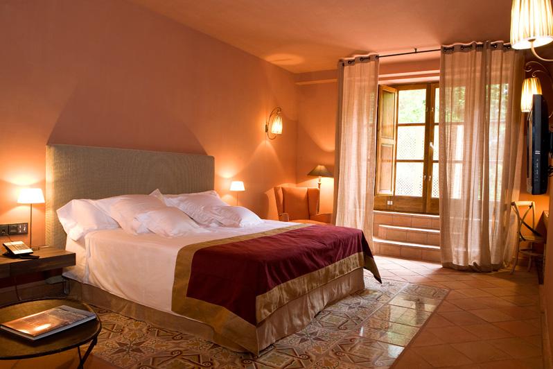 Suite luminosa en Hotel Mas La Boella