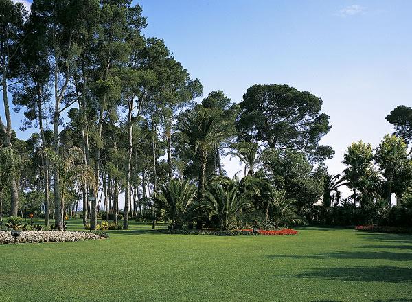 Jardines complejo oleoturístico La Boella TarragonaJardines complejo oleoturístico La Boella Tarragona