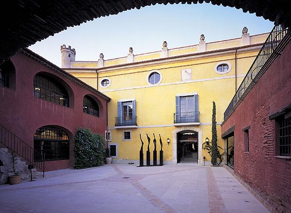 Patio Central para eventos de La Boella Tarragona
