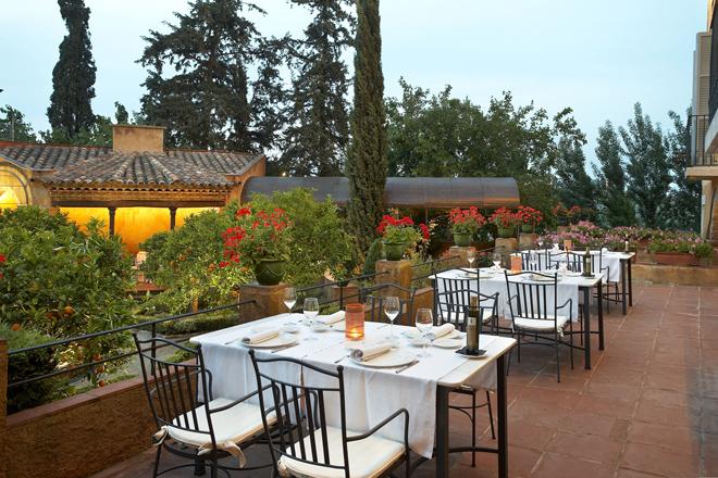 Terraza restaurante La Boella Tarragona