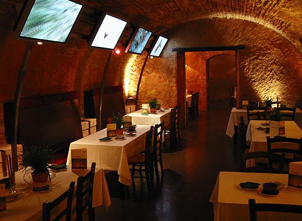Mesas para banquete en Salón Dorado La Boella Tarragona