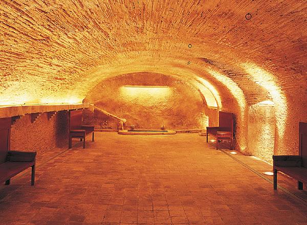 Gran salón para celebraciones Salón Dorado La Boella Tarragona