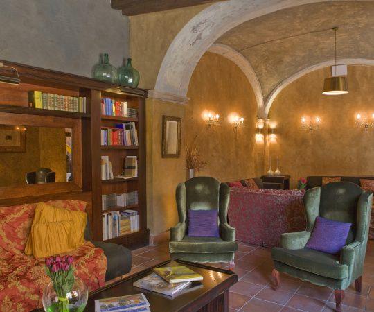 Biblioteca restaurante romántico en Tarragona