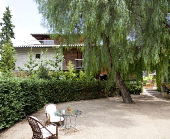 Restaurante con jardín