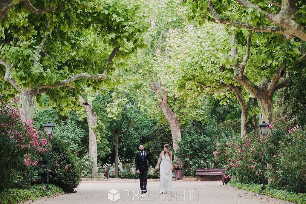 Espacio para bodas con zona ajardinada